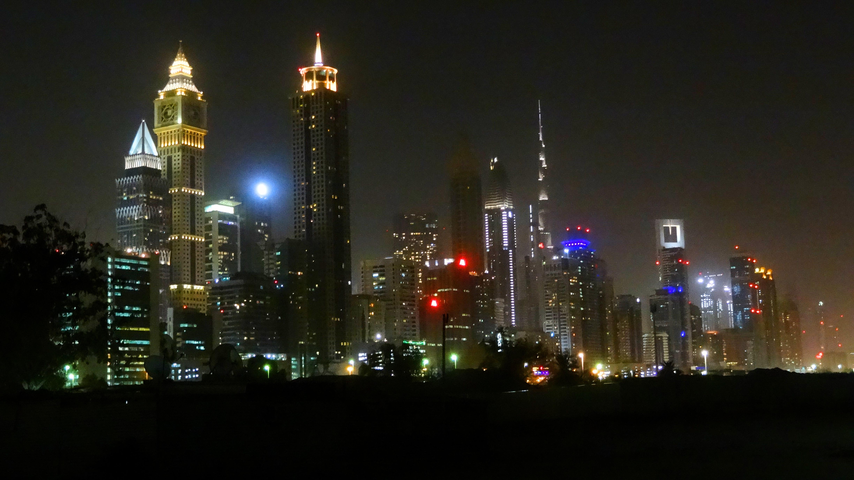 Wycieczka do Dubaju Dubaj nocą dubai by night Sheikh Zayed Road
