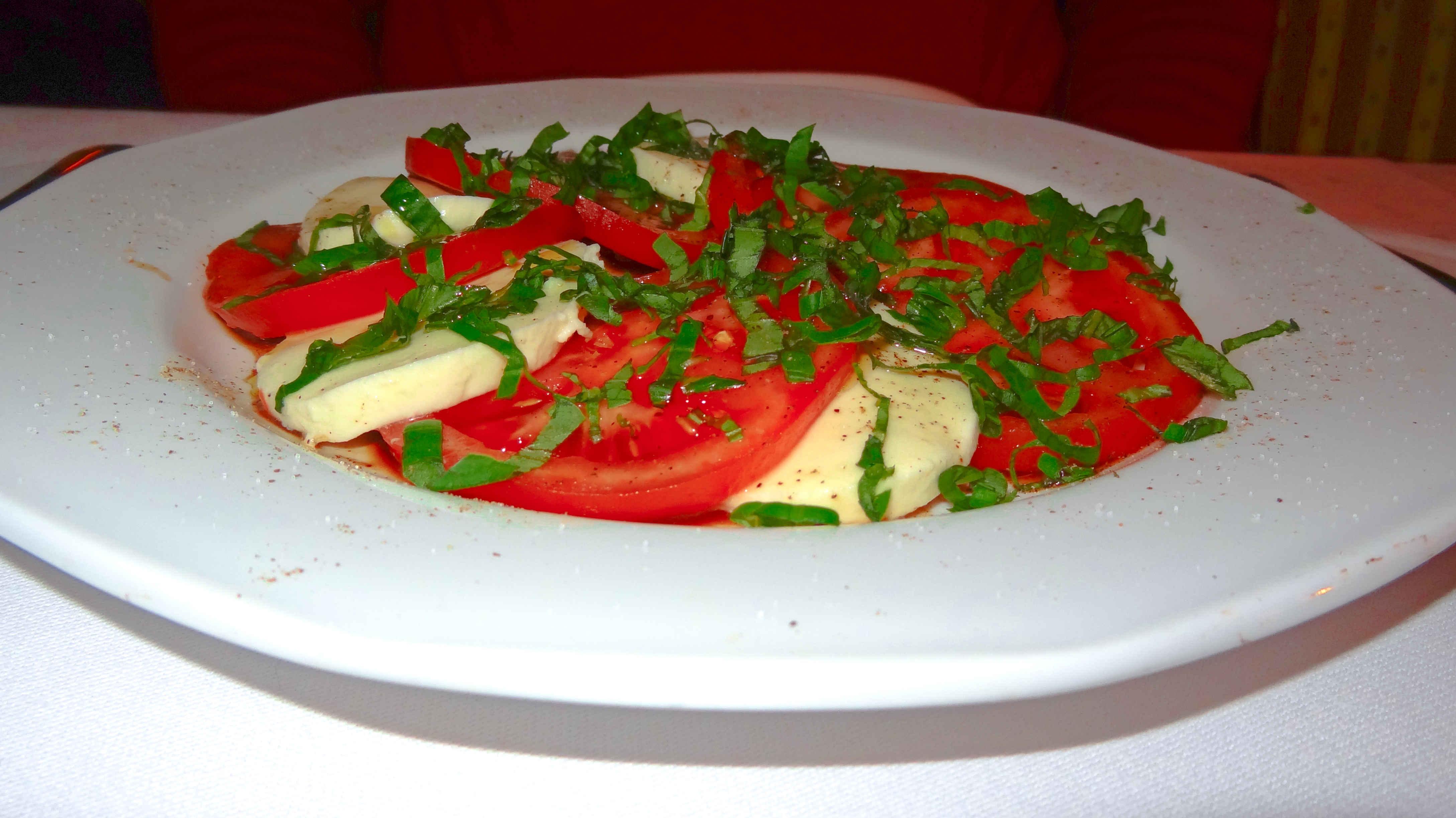 restauracja włoska we wrocławiu kolacja we włoskim stylu caprese pomidory z mozarellą angellovesdreams